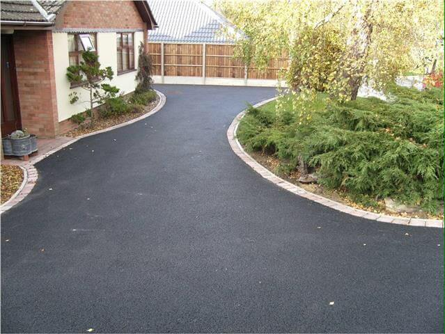 Tarmac Driveways in Cambridge