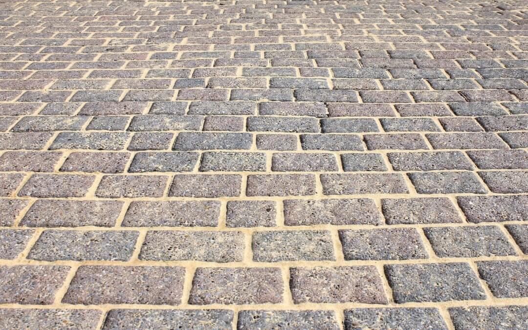 Different types of paving for patios and their advantages